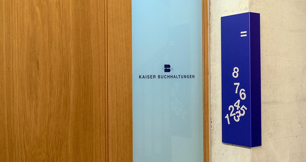 Eingang Kaiser Buchhaltungen, Winterthur